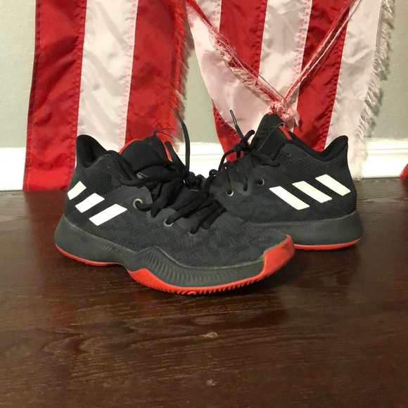 adidas Other - Red and black Adidas Bounce basketball shoes